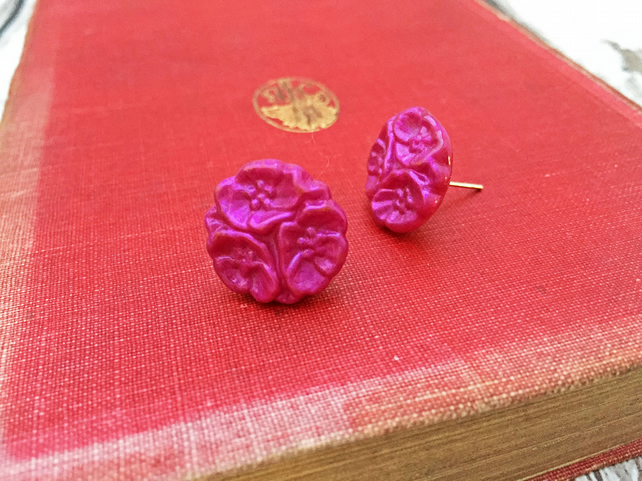 Flower trio vintage button stud earrings in fuchsia pink Mothers Day gift idea