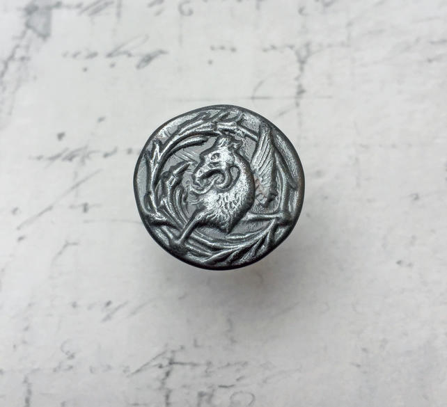 Pewter colour Griffin adjustable ring Mythological Beast Medieval vintage style