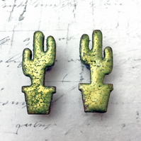 Green cactus wooden stud earrings with marbled Jewel Enamel