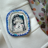 Freemotion Thread Lady Brooch - with turquoise hairband
