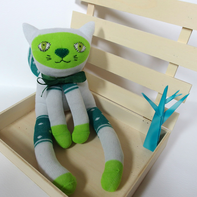 Sock Cat - Green & White with spots