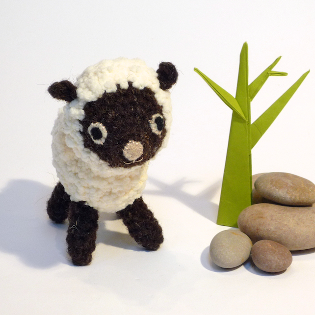 Amigurumi Wool : Amigurumi Crochet Sheep, Lamb - Bobble Yarn &am... - Folksy