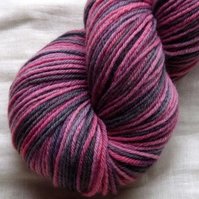 'Red Sky at Night' - BFL DK Hand Dyed Yarn 100g