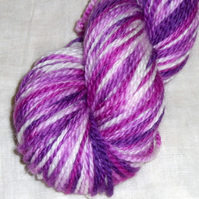 'Berries and Cream' - Superwash BFL Aran Hand Dyed Yarn 100g