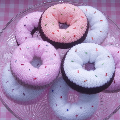 Delicious Doughnuts Knitting Pattern - mmmmm yummy