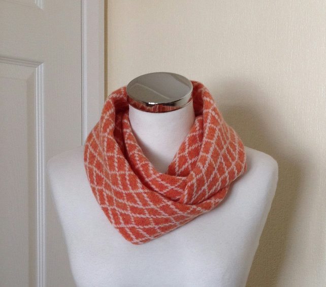 Merino Lambswool Circle Scarf Orange Crem White