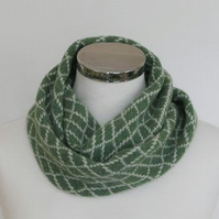 Merino Lambswool Circle Scarf Bay Green Silver Grey