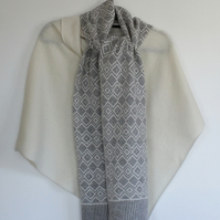 Soft Merino Lambswool Scandi Scarf in Cream and Pearl Grey with Red Ends