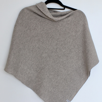 Soft Merino Lambswool Poncho Light Mushroom Brown