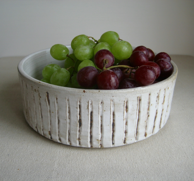 Modern Fruit Bowl, Salad Bowl, Stoneware Cylinder Vertical Ridge