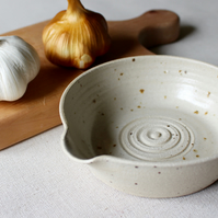 Garlic Grater Bowl, Pouring Bowl, Handthrown Stoneware, Rustic Pottery