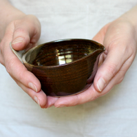 The Original Bird Tail Bowl - Small Pouring Bowl Jug (Rustic Brown)
