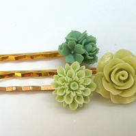 Green flowers Bobby Pin Set