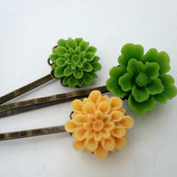 Green & Yellow Set Bobby Pins
