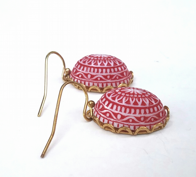 Vintage Red Cabochon Earrings.....