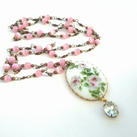Floral Cameo Necklace........