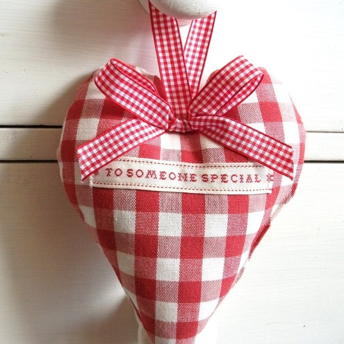 Laura Ashley Fabric *To someone Special* Lavender Heart