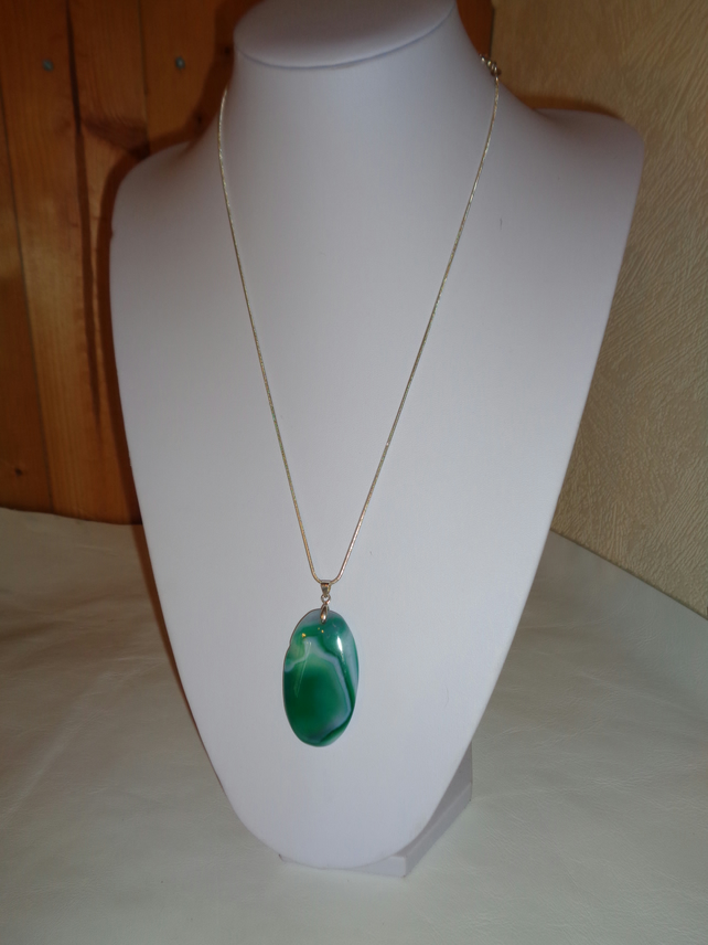 Green and White Agate Pendant