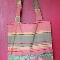 Tote bag with pockets on outside & inside, Green batik contrast lining & border.