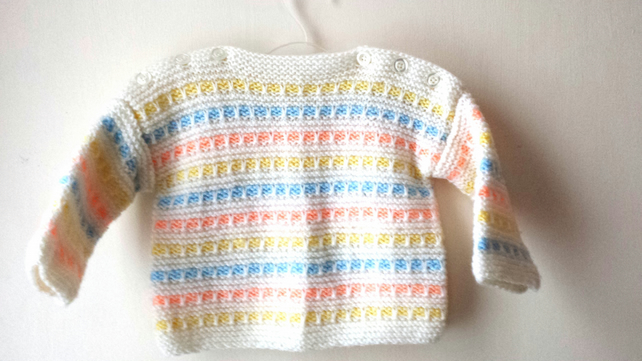 d261504e2 Hand knitted Sweater