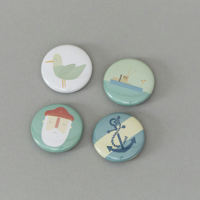 Life on the Ocean Wave (Badge set)