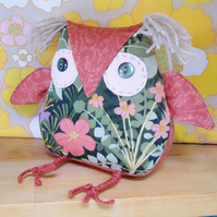 SALE FREE UK Post Owl 'tastic Pretty Owl