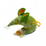 Limez a Zesty Retro Mouse in Daisy Chain Vintage Fabric