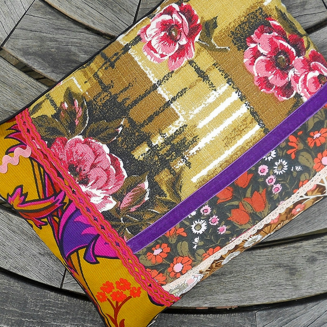 REDUCED! Vintage Fabric Cushion INCLUDES PAD