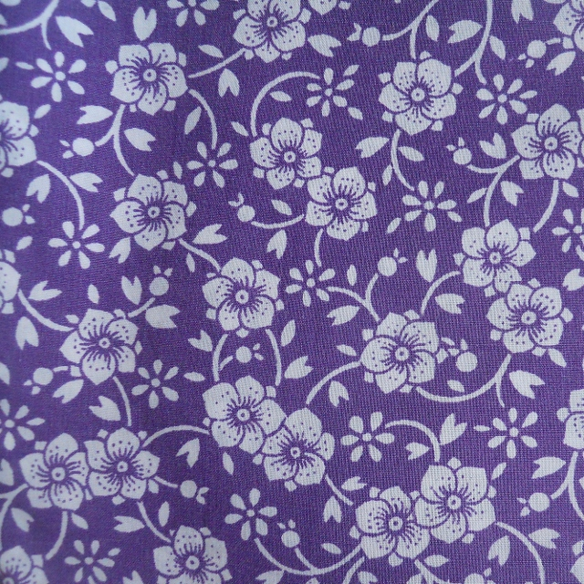 Vintage PURPLE DAISY Fabric