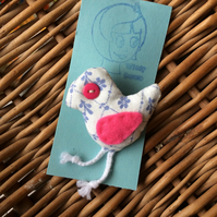 SALE Cute Bird Brooch - Christmas Stocking filler