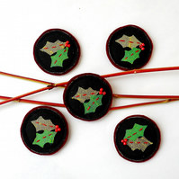 Christmas Holly Brooch - Stocking filler