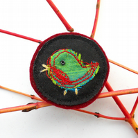 Christmas Robin Brooch - Stocking filler