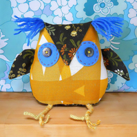 SALE FREE POST UK - RETRO OWL