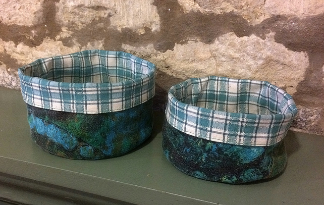 Vintage fabric bowls in 50s barkcloth - PAIR
