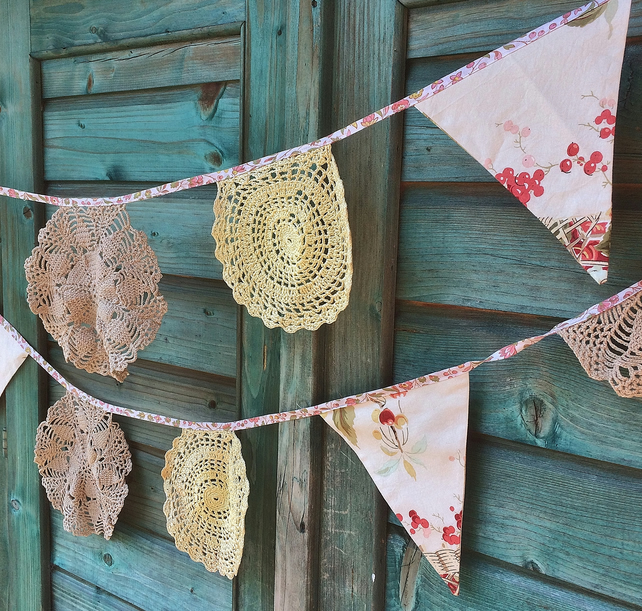 Floral Flag and Vintage Doily bunting - great for a Wedding!