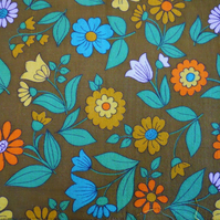 EarthyTones Daisy Floral VIntage 60s 70s Barkcloth Fabric Lampshade option