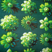 Gorgeous GREEN Daisy Floral VIntage 60s 70s Barkcloth Fabric Lampshade option
