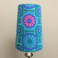 Dramatic Daisy 60s 70s Rainleigh Moygashel vintage fabric Lampshade option