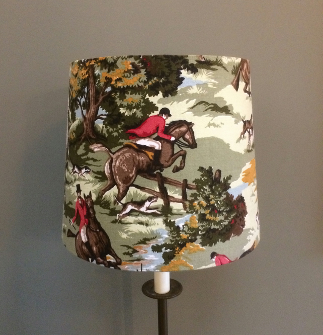 Traditional Tally Ho Tarporley Horse and Hounds Lampshade