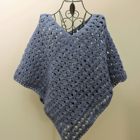 Summer Poncho in Blue