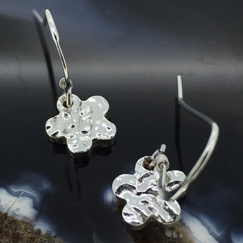 Cute Silver Daisy Flower Earrings