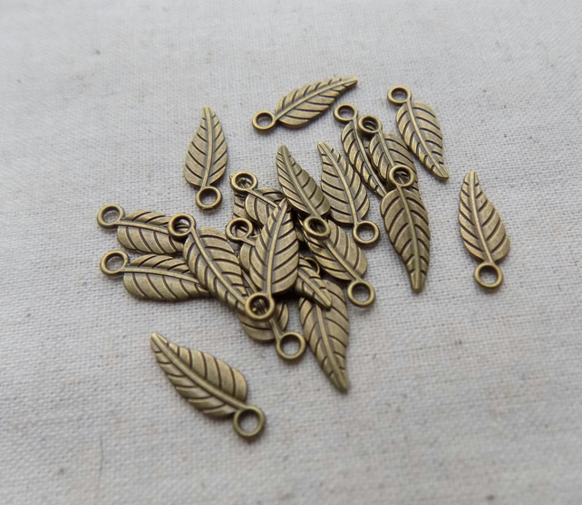 20 Antique Bronze tone Leaf Charms
