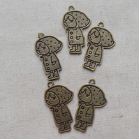 SALE - 10 Antique Bronze tone Little Girl Charms
