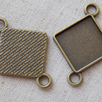 5 Antique Bronze tone Rhombus Settings 39 x 30mm