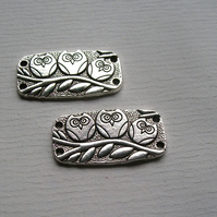 2 Silver tone Owl Connectors 38 x 20 mm