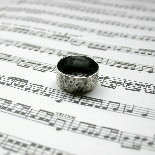 Oxidised Silver Textured Finish Ring (large)