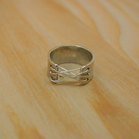 Sterling silver corset ring size G