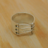 Sterling silver corset ring size H