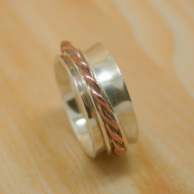 Sterling silver spinner ring size S