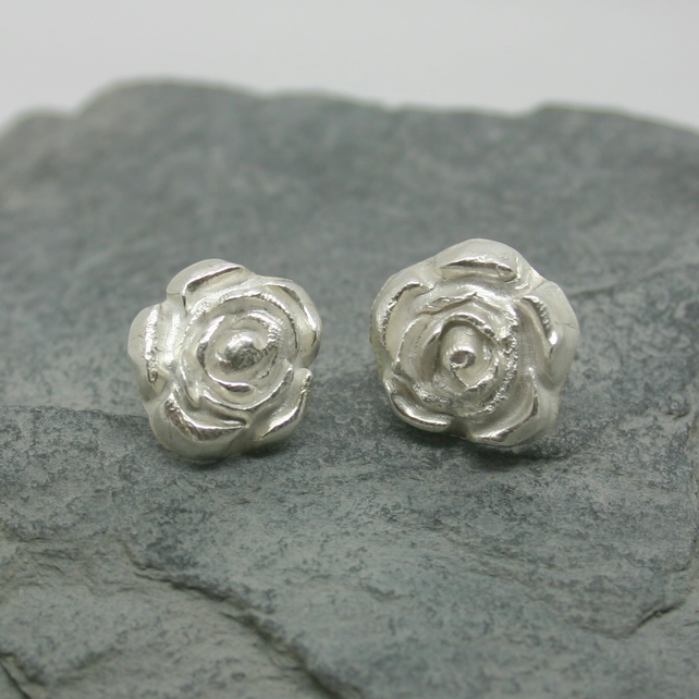 Fine silver rose flower stud earrings